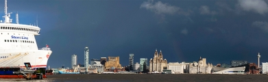 <h5>Liverpool Waterfront by Julia Pigula</h5>