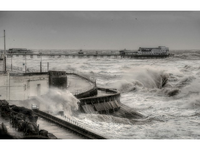 Highly Commended Experienced - Blackpool Storm by Mike Pollitt
